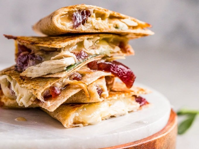 11-23-thanksgiving-leftovers-quesadillas-4-of-8.jpg